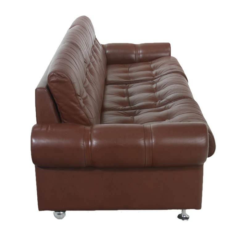 Distressed Leather Sofas Vintage Distressed Leather Sofa For Sale At 1stdibs Handsome