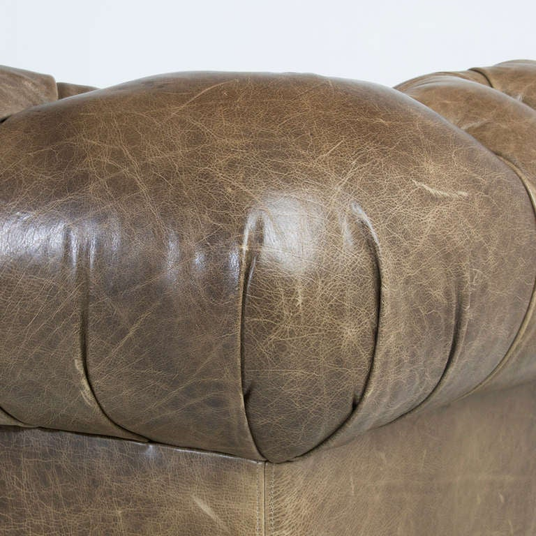 Large custom Chesterfield sofa in olive green leather For Sale 4