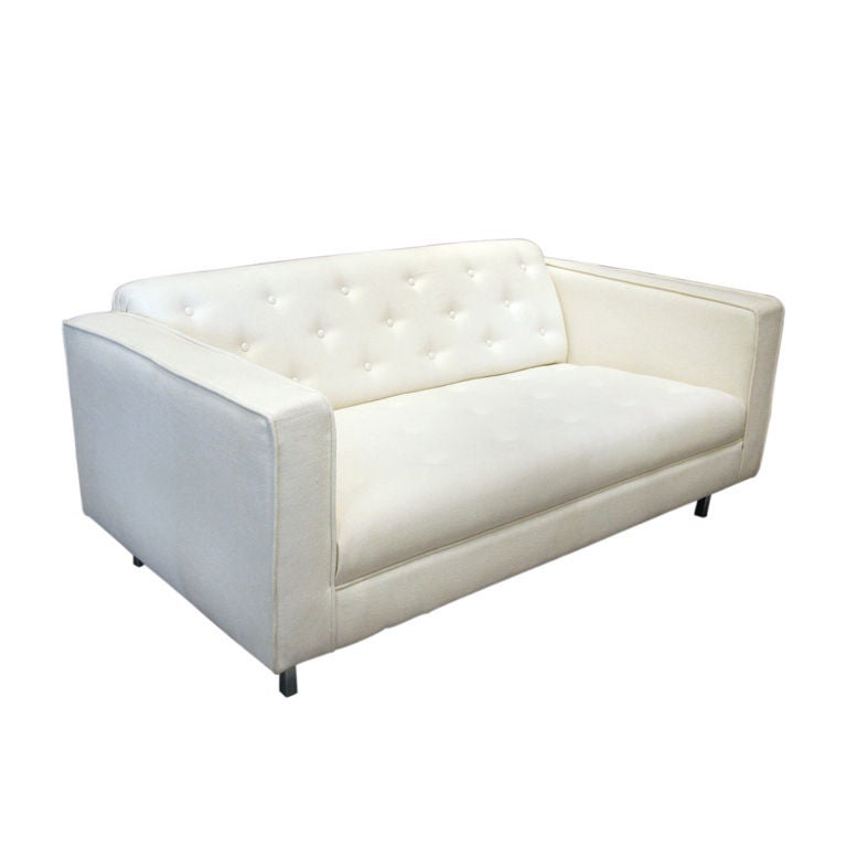 Small tufted white sofa by milo baughman at 1stdibs Small white loveseat
