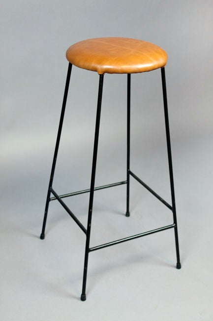 Set of four caramel leather and iron bar stools at 1stdibs : 888512887455725 from www.1stdibs.com size 433 x 650 jpeg 20kB