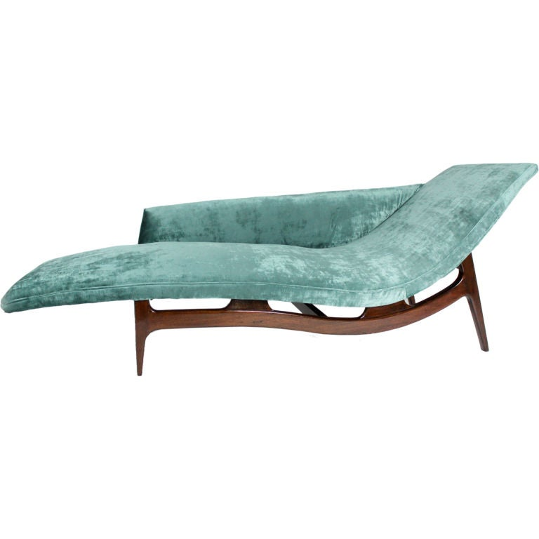 Mahogany chaise longue in turquoise silk velvet at 1stdibs for Chaise longue or chaise lounge