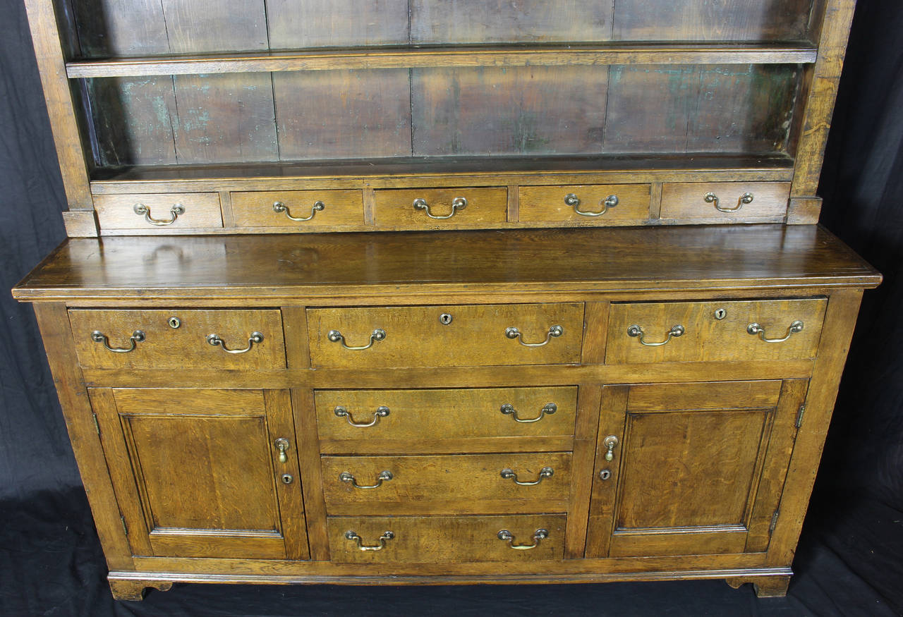 19th Century English Oak Dresser For Sale 3
