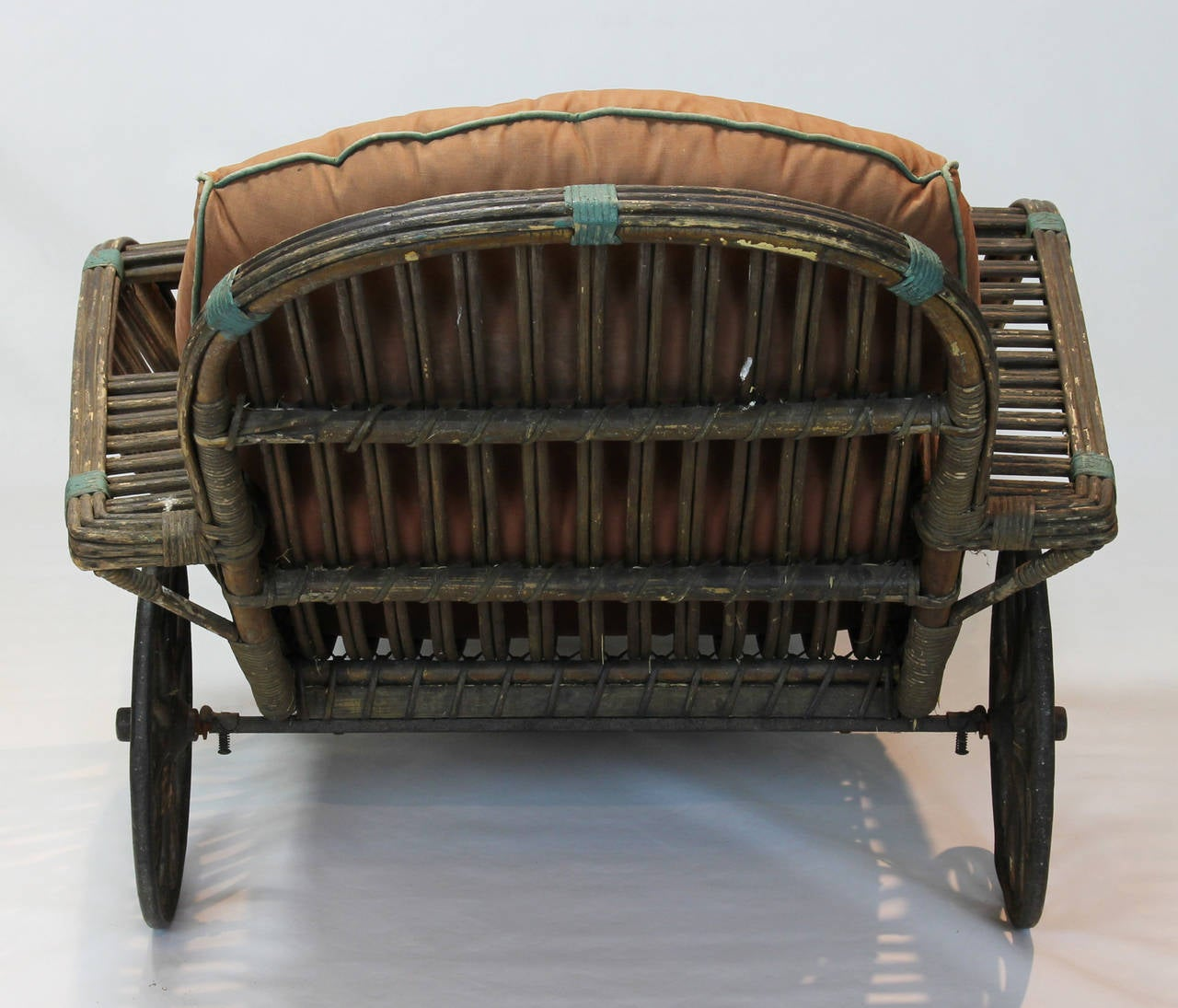 Antique stick wicker chaise at 1stdibs for Antique wicker chaise