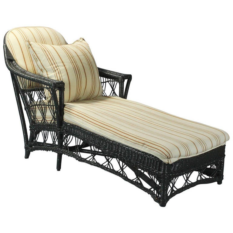 American antique wicker chaise at 1stdibs for Antique wicker chaise lounge