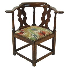 18th Century Welsh Oak Corner Chair