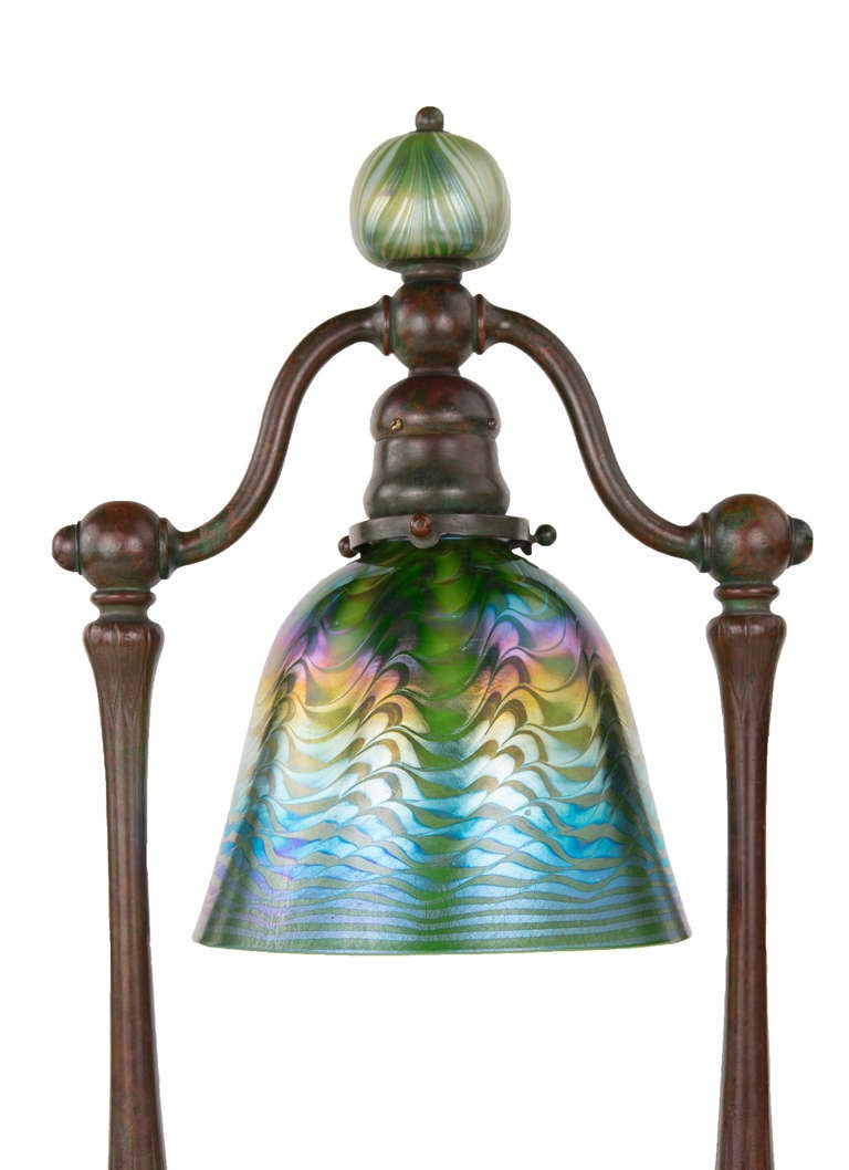 This american art nouveau table lamp is no longer available - An Art Nouveau Quot Bell Quot Desk Lamp By Tiffany Studios At 1stdibs