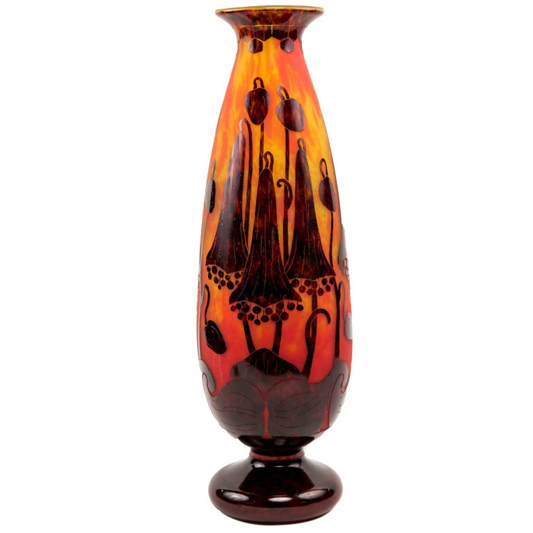 A monumental art deco vase by le verre francias at 1stdibs - Deco grand vase en verre ...