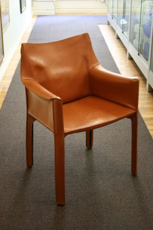 Pair of Cognac Leather CAB Chairs by Mario Bellini at 1stdibs – Mario Bellini Chair