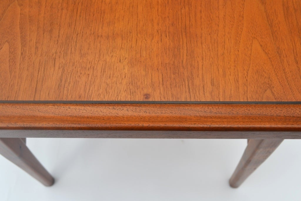 Single Mid-Century Walnut Side Table by Drexel 6