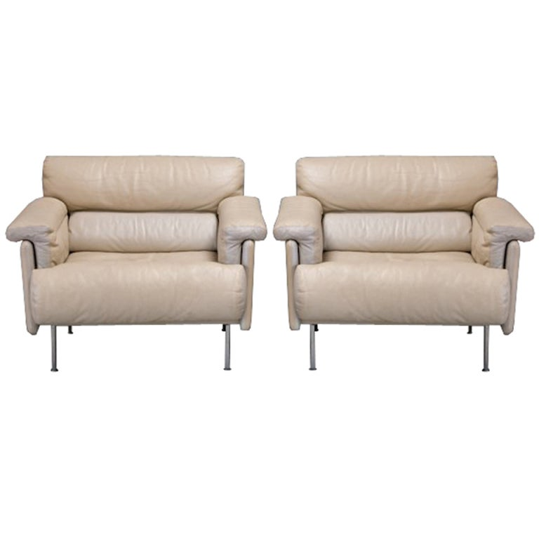 this pair of mid century harvey probber lounge chairs in cream leather