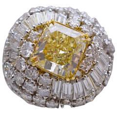 David Webb GIA Fancy Yellow Diamond Ring