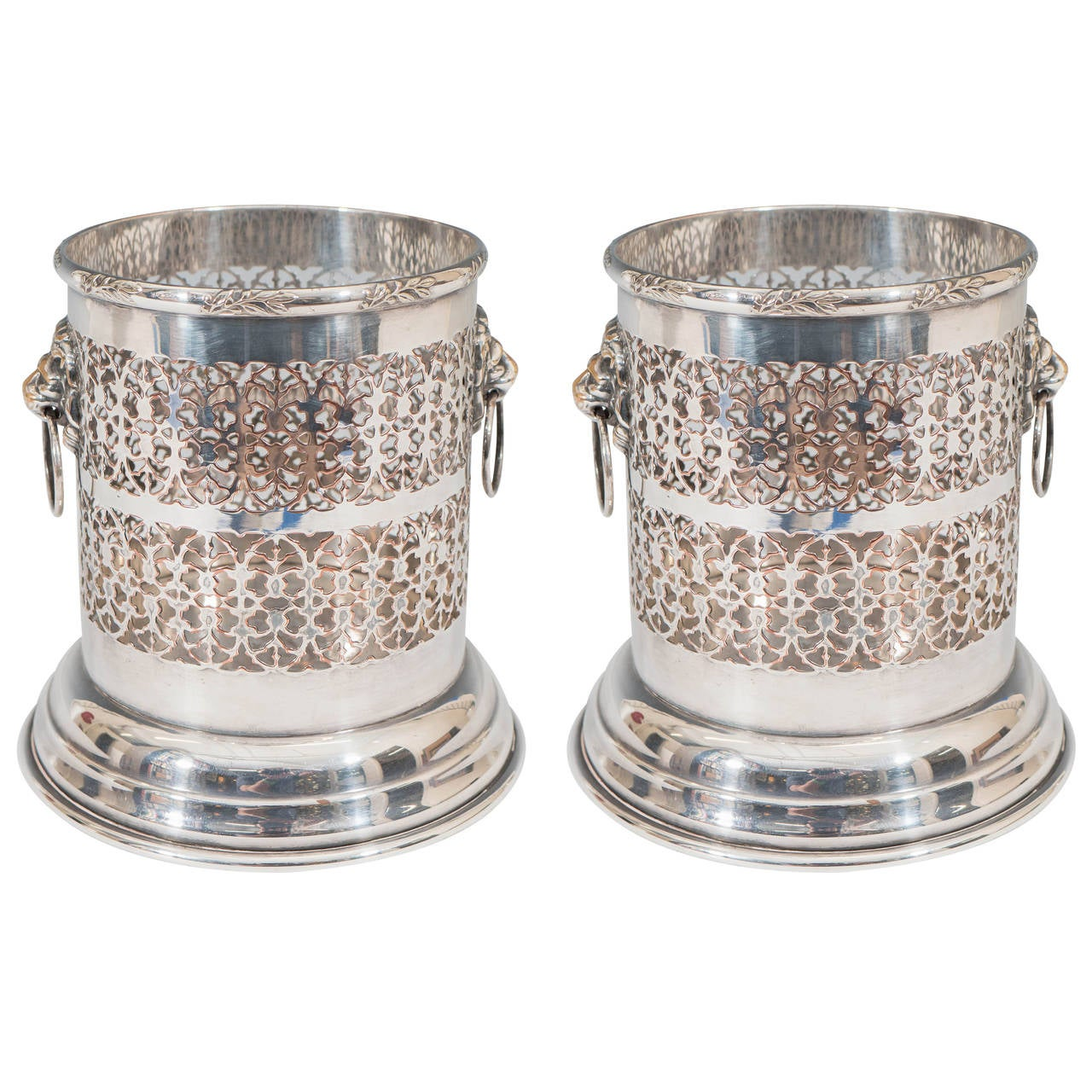 A Vintage Pair of Sheffield Silver Plate Wine Holders with Lion Head Detail For Sale  sc 1 st  1stDibs & A Vintage Pair of Sheffield Silver Plate Wine Holders with Lion Head Detail