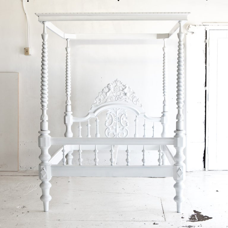 Anglo indian carved four poster bed painted white at 1stdibs for 4 poster white bed