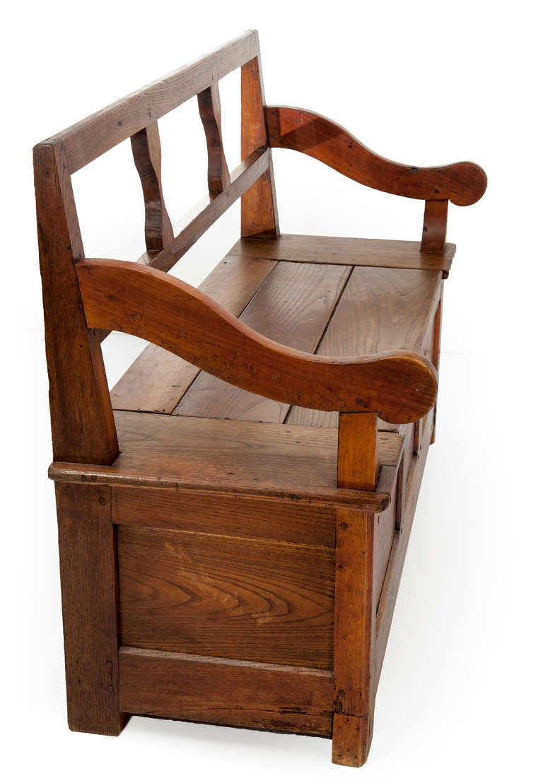 Early American Quaker Style Walnut Bench At 1stdibs