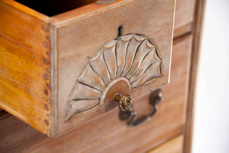 Queen Anne Style Chest of Drawers 7