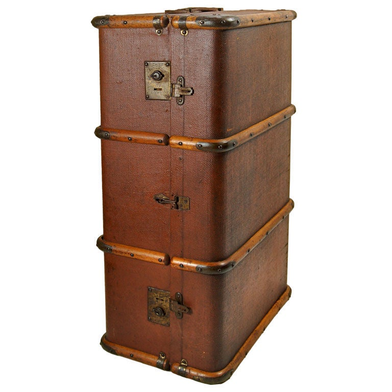 Trunk (luggage)
