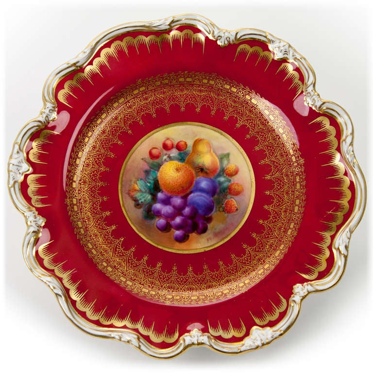 George Jones Hand Painted Gilt Plates with Fruit In Excellent Condition For Sale In Asheville, NC