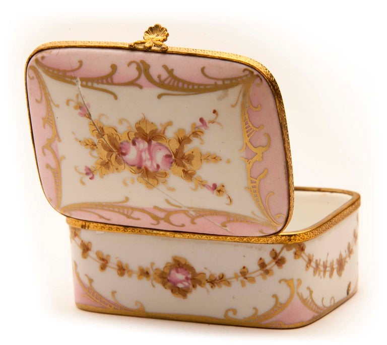 Marie Antionette Style Limoge Box For Sale 1