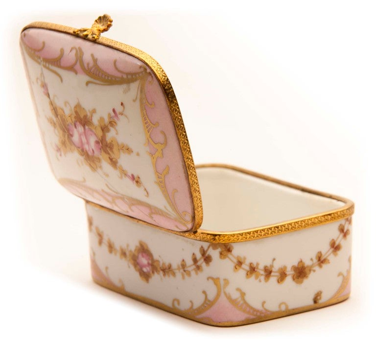 Marie Antionette Style Limoge Box For Sale 2