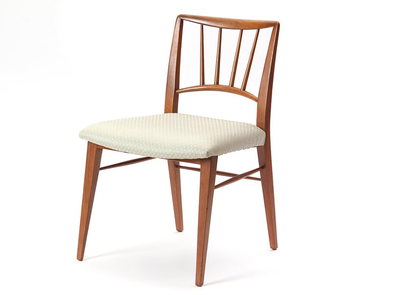Spindle Back Dining Chairs by Edward Wormley In Good Condition For Sale In New York, NY