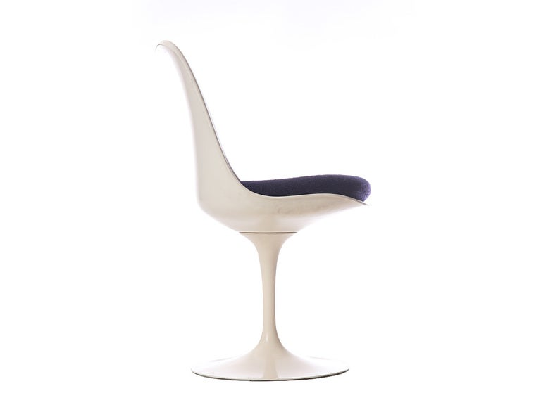 Tulip Chair by Eero Saarinen In Good Condition For Sale In Sagaponack, NY