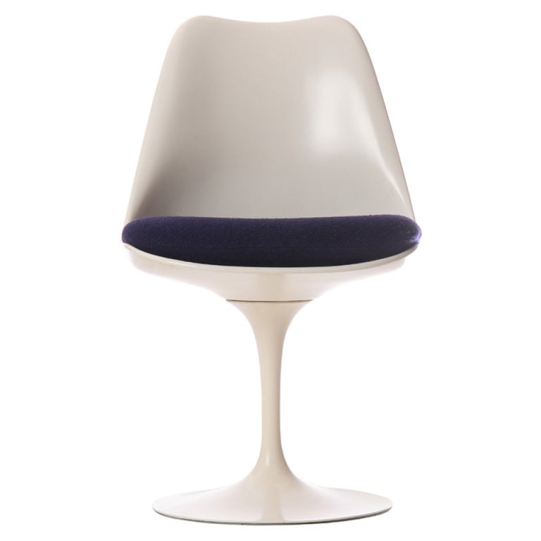 Tulip Chair By Eero Saarinen At 1stdibs