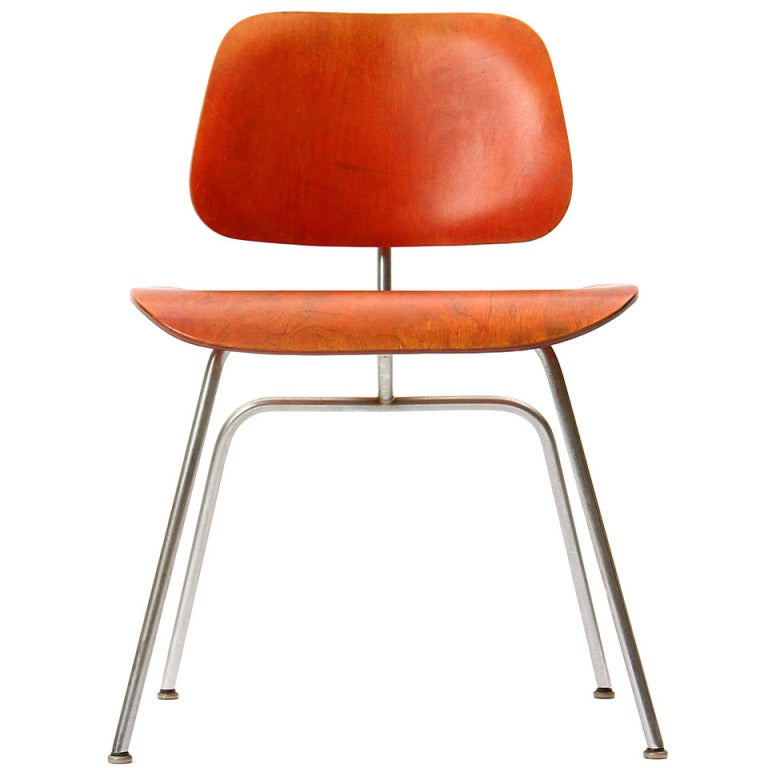 Ash Aniline Red DCM by Eames For Sale
