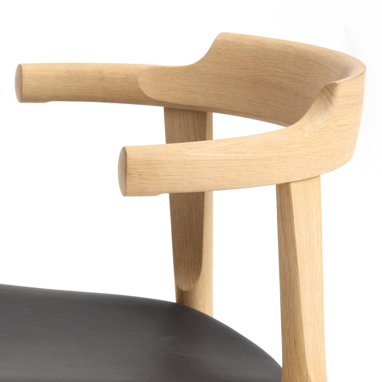 Elbow Chair by Hans J. Wegner 7