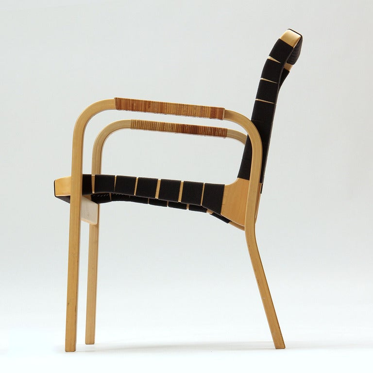Arm chair by alvar aalto for sale at 1stdibs for Alvar aalto chaise