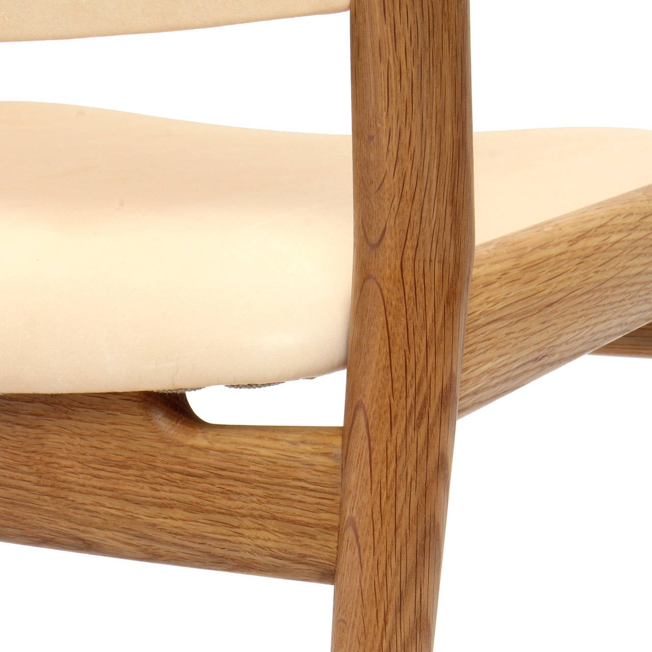 White Oak and Leather Dining Chairs by Hans Wegner For Sale 1