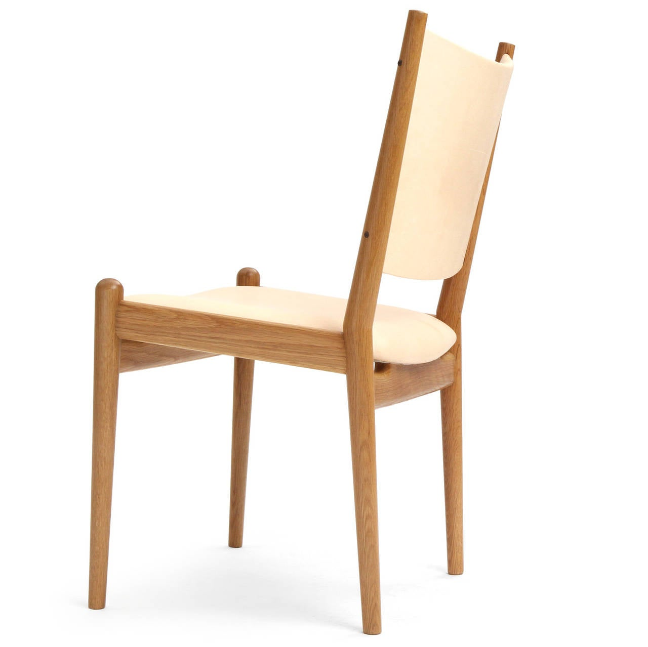 White Oak and Leather Dining Chairs by Hans Wegner In Excellent Condition For Sale In New York, NY