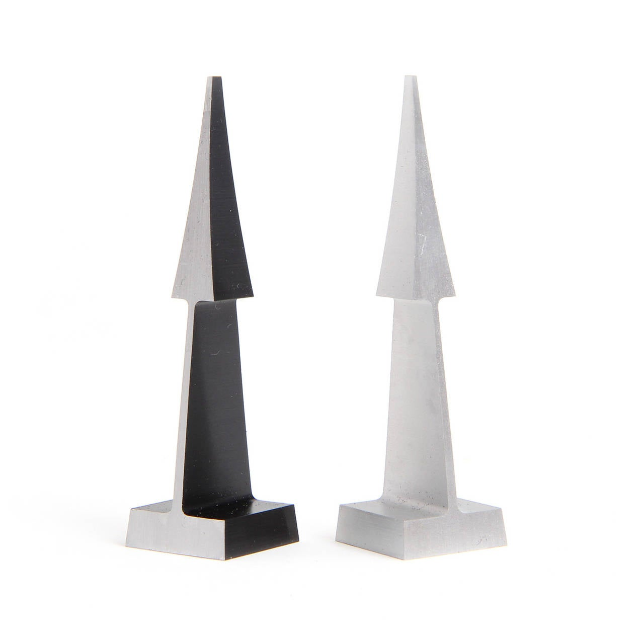 Modernist Chess Set by Austin Cox In Good Condition In Sagaponack, NY