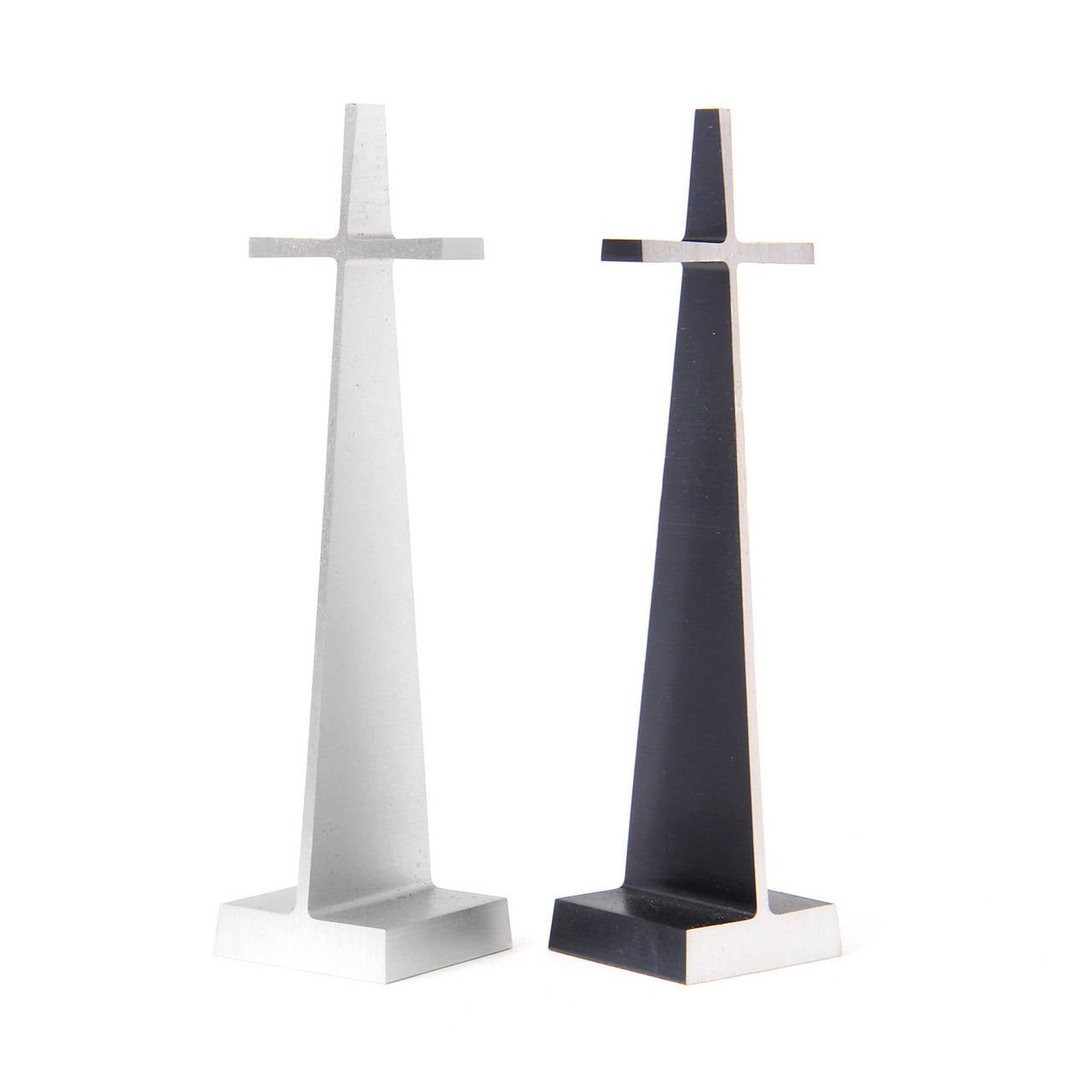 Modernist Chess Set by Austin Cox 1