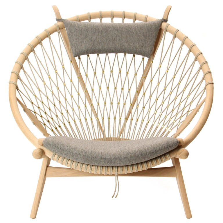 the circle chair by hans j wegner for sale at 1stdibs. Black Bedroom Furniture Sets. Home Design Ideas
