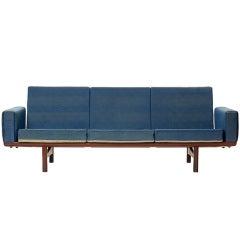 Sofa by Hans J. Wegner