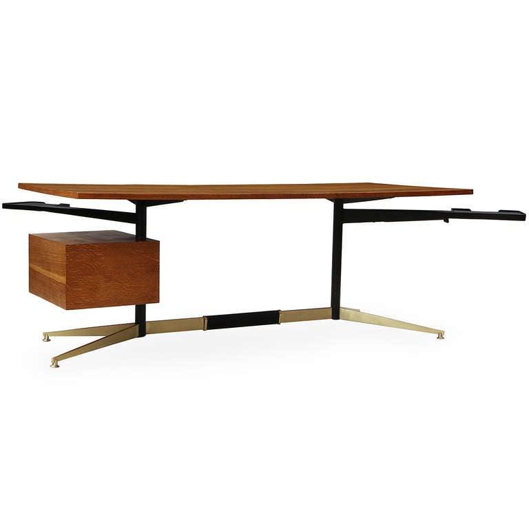 Mid-20th Century Tiger Oak Desk by Gio Ponti For Sale