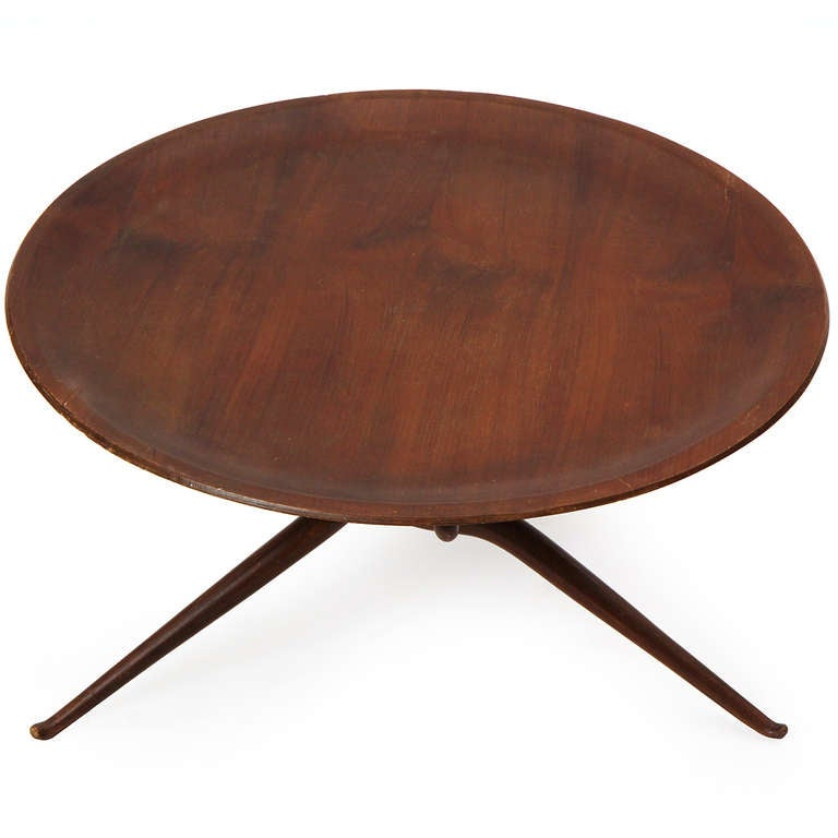 Sculptural Tray Table In Good Condition For Sale In Sagaponack, NY