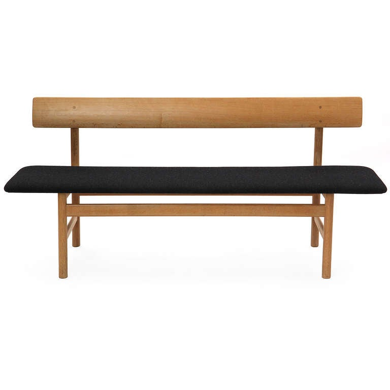 Good Bench Form: Shaker Bench By Borge Mogensen At 1stdibs