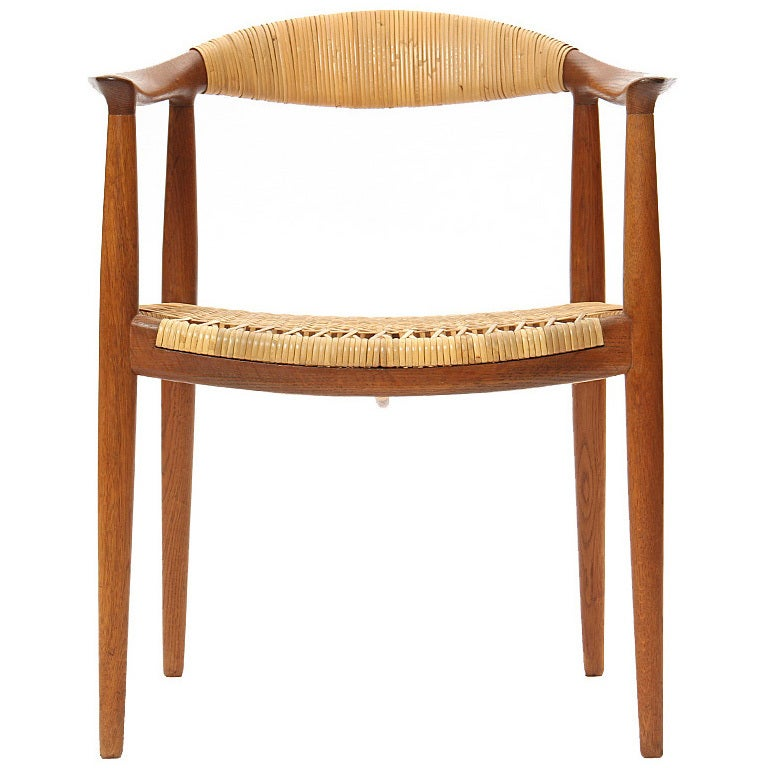 This four wishbone chairs by hans wegner is no longer available - The Quot Round Chair Quot By Hans J Wegner At 1stdibs