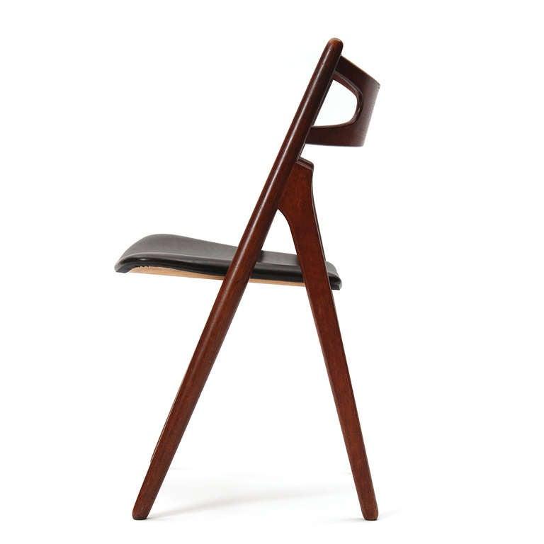 Sawbuck Chairs by Hans J. Wegner 4