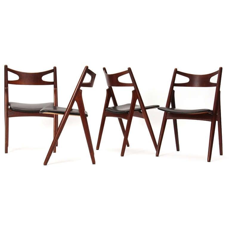 Sawbuck Chairs by Hans J. Wegner 6
