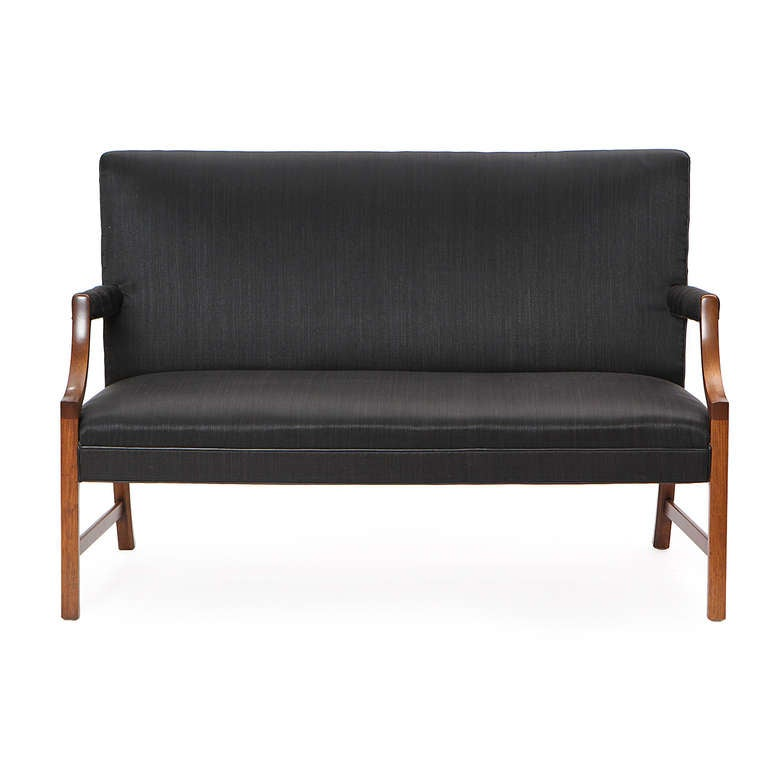 Settee by Ole Wanscher In Good Condition For Sale In New York, NY