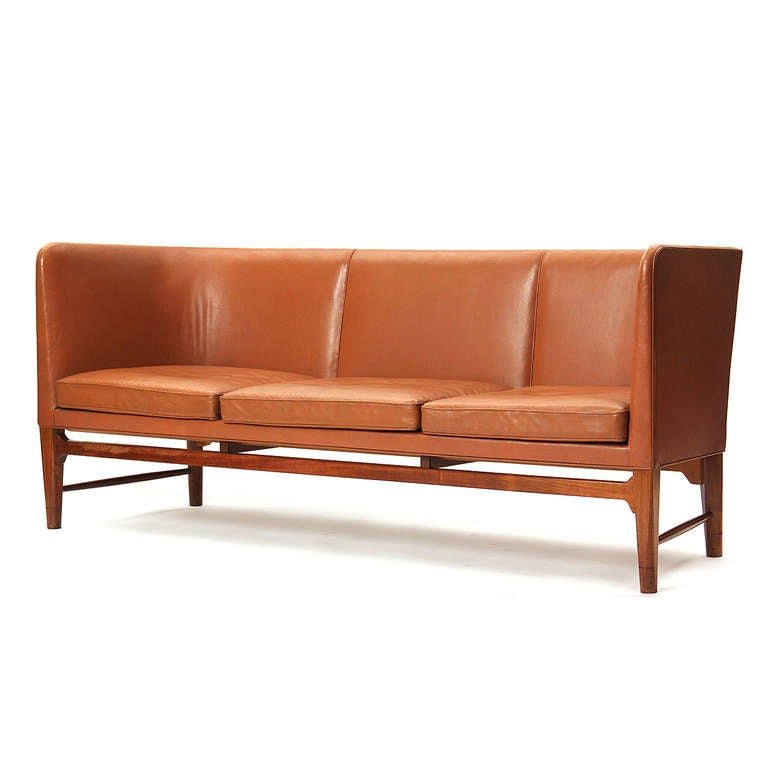 obscure and rare sofa by arne jacobsen at 1stdibs. Black Bedroom Furniture Sets. Home Design Ideas