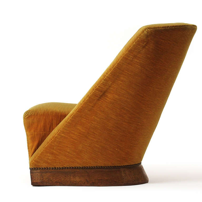 Pair of Slipper Chairs by Louis Sognot 4