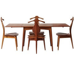 a versatile table by Hans J. Wegner