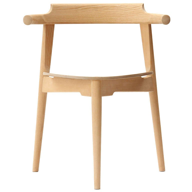 Stackable Three-Legged Chair by Hans J. Wegner For Sale