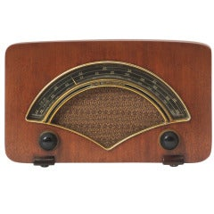 Zenith Radio By Charles And Ray Eames