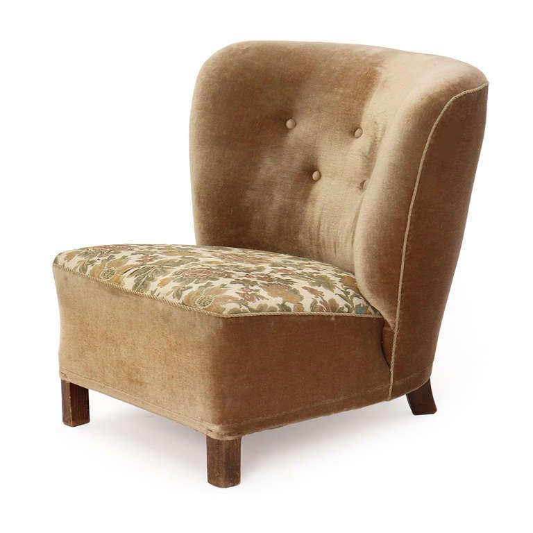 danish velvet slipper chair for sale at 1stdibs. Black Bedroom Furniture Sets. Home Design Ideas