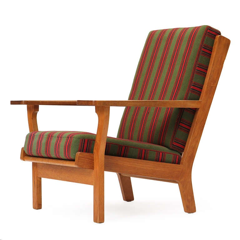 Wide-Arm Easy Chair by Hans Wegner 4