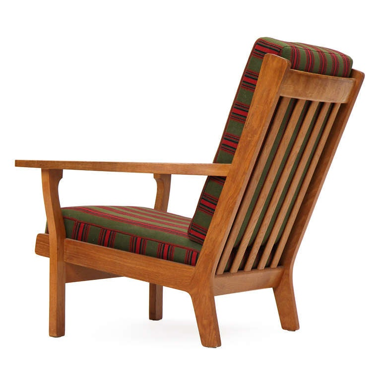 Wide-Arm Easy Chair by Hans Wegner 6